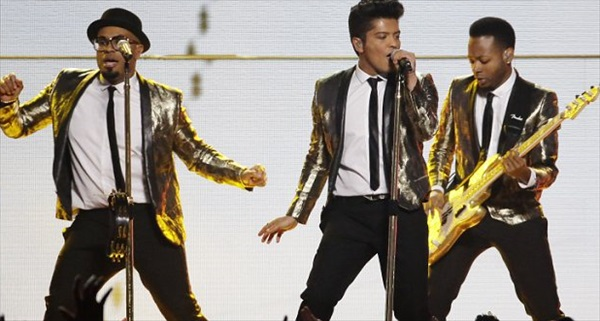 bruno-mars-superbowl